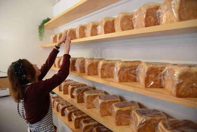 食パン専門店が人気、ブームのきっかけは 1斤400円:朝日新聞デジタル