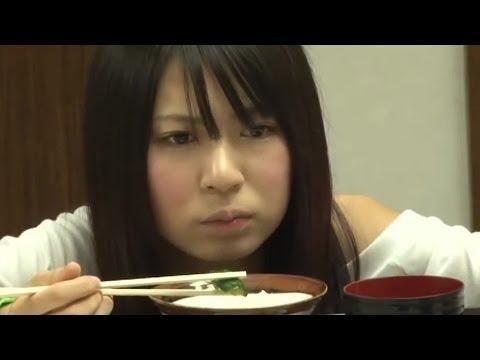 【放送事故】 AKB48格差社会 菊地あやか 先輩に立たされ泣きながら食事 峯岸みな - YouTube