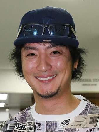 上地雄輔の父、横須賀市長選に出馬 「息子に応援演説はさせない」