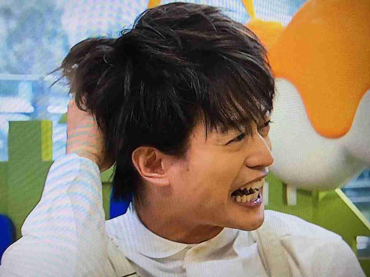 """「金髪、筋肉、塚ちゃんです!」のA.B.C-Z塚田僚一、8年ぶり""""黒髪""""に反響「天使かな」「可愛いしんどい」"""