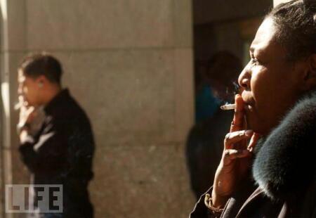 ニューヨークで路上喫煙者が急増: 禁煙したくなるブログ