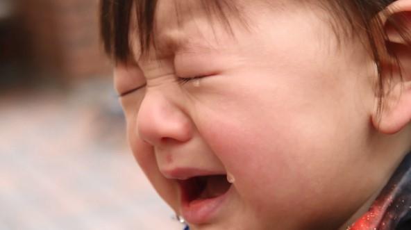 赤ちゃんと外出を躊躇うママへ 「#泣くのが仕事プロジェクト」 | Techinsight|海外セレブ、国内エンタメのオンリーワンをお届けするニュースサイト