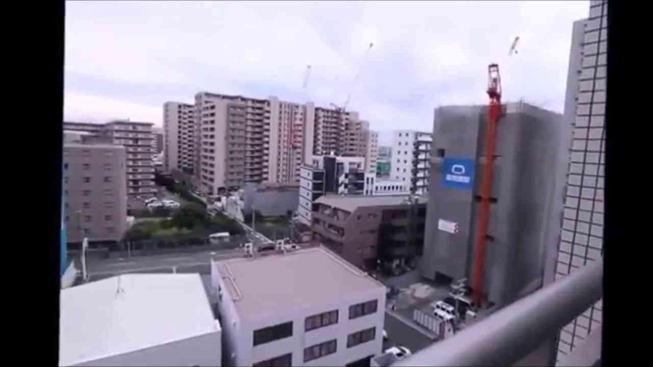 炎上 大阪の不動産屋の女性 物件紹介動画で堂々と・・・④ 話題の動画 老人ホームの臭い - YouTube