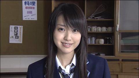 """戸田恵理香、""""可愛すぎる""""パン屋さん姿に反響「世界一行きたいパン屋さん」"""