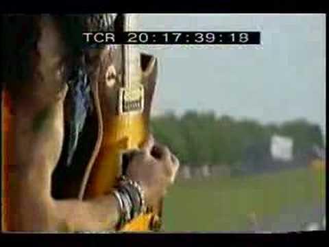 Velvet Revolver -Slither (Ozzfest/Download 2005) - YouTube
