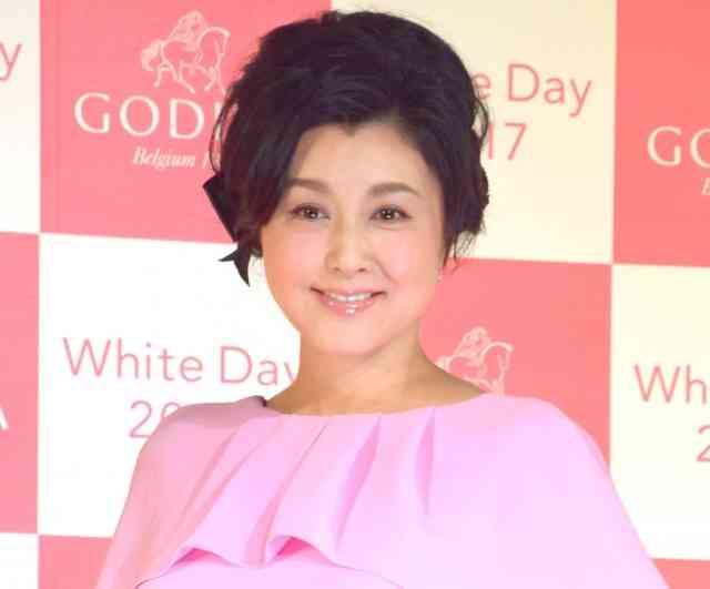 藤原紀香、夫・愛之助からのホワイトデーは「健康でいてくれるだけでいい」 (オリコン) - Yahoo!ニュース