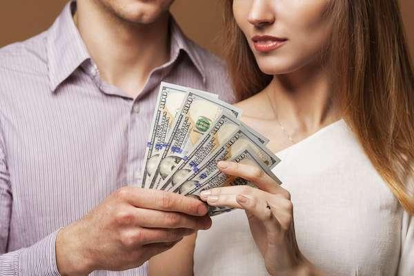 恋人にお金貸しますか?