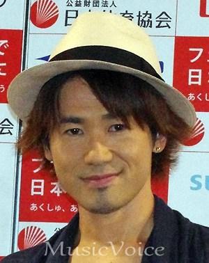 新妻聖子がナオトに激怒の過去「35歳のババア」発言でみぞおちにパンチ (MusicVoice) - Yahoo!ニュース