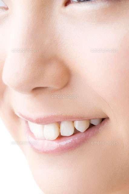 自分の顔のパーツに似てる画像を貼るトピ