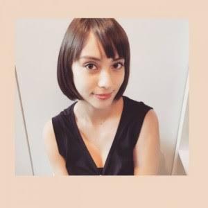 """滝沢カレン、独特表現の""""食レポ""""冠番組"""