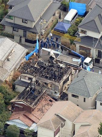 調布・小型機墜落 賠償総額20億円規模に 事故4日前にTDL上空を「遊覧飛行」か