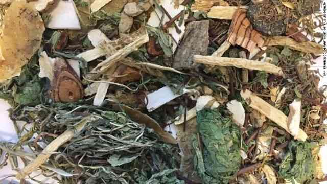 CNN.co.jp : ハーブティーの葉にトリカブト、飲んだ女性が死亡 米
