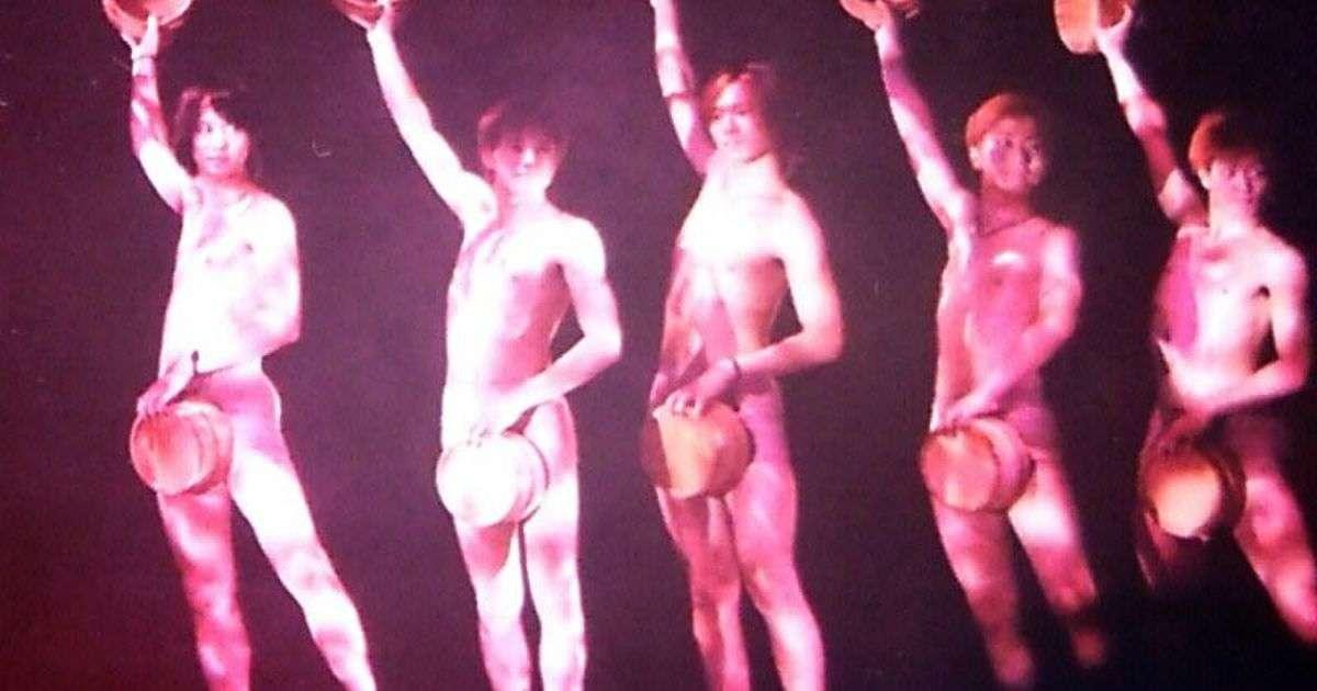 裸と桶で肉体美を見せつけるジャニーズの伝統芸「桶ダンス」 #関ジャム - Togetterまとめ