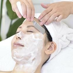 顔剃り事情