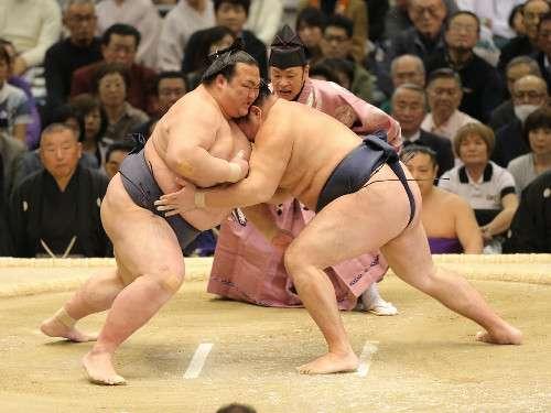 強行出場の稀勢の里が2敗後退、照ノ富士は1敗守り千秋楽直接対決へ - ライブドアニュース