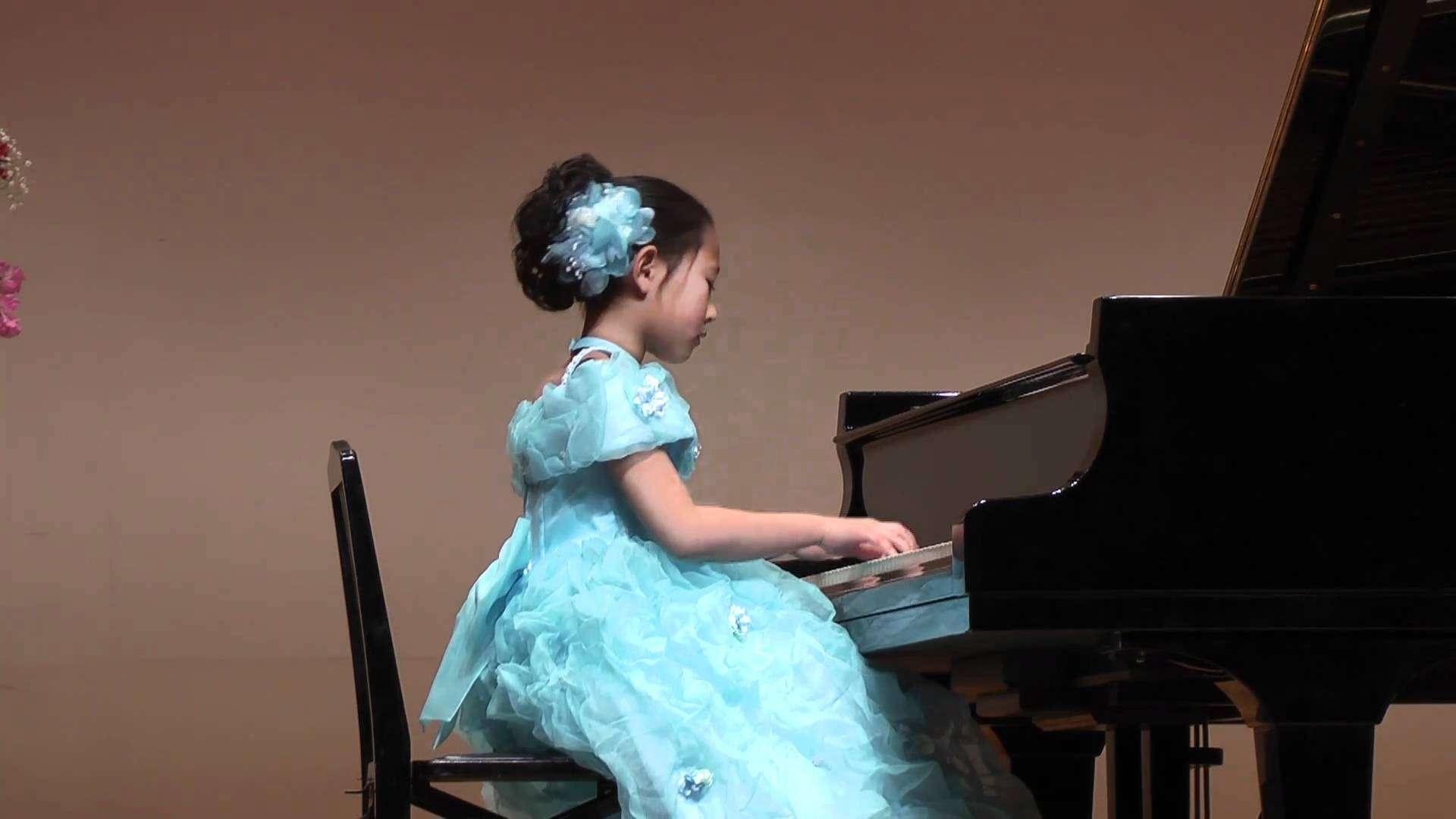 幻想即興曲 ショパン 8才 Chopin Fantasie Impromptu: 8 years old girl - YouTube