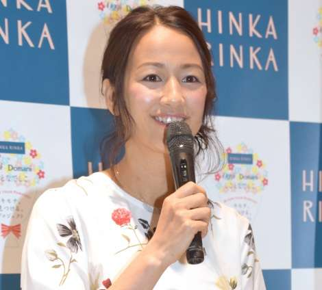 元テレ朝アナ・前田有紀さん、退社後初公の場 4年ぶりイベント出演「緊張しています」 | ORICON NEWS
