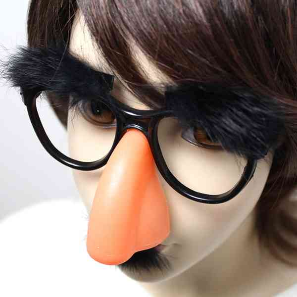 水沢アリーの鼻の違和感が話題に 『今夜くらべてみました』深夜最終回のSPゲスト出演