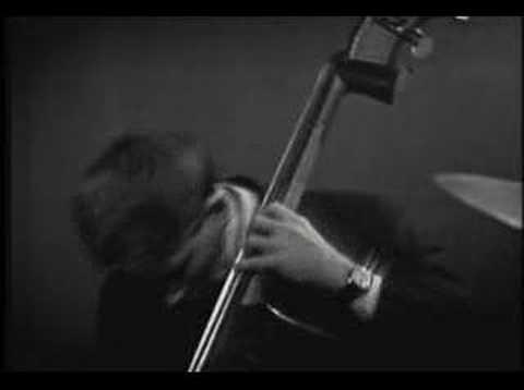 Bill Evans - Waltz For Debby - YouTube