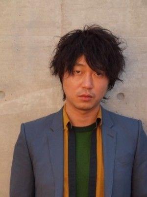 俳優仲間に愛される俳優!新井浩文の交遊録 - NAVER まとめ