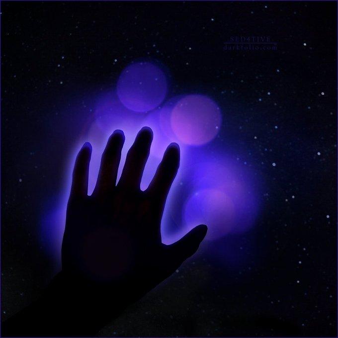 オーラ鑑定士に聞きました★オーラの色が紫色の人の7つの特徴 | セレンディピティ