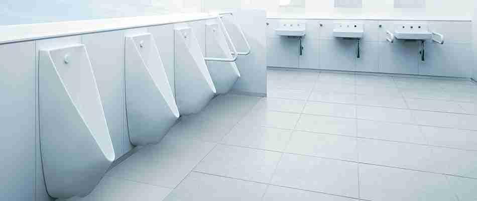 女性用トイレが大混雑!男性用トイレを使うのはマナー違反?