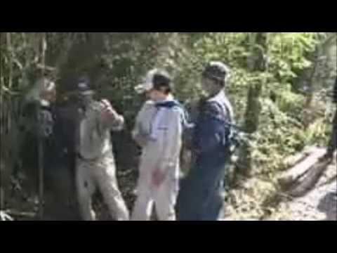 【沖縄極左暴行事件】男組が防衛局職員に暴行 - YouTube