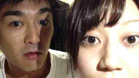 平成ノブシコブシの徳井健太(既婚・2児の父)がネットの生配信中と気付かずに女芸人との浮気を放送?