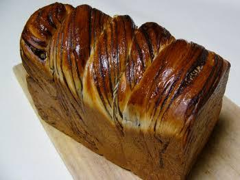 朝はパン派の方