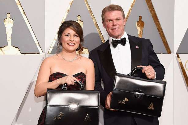 オスカー誤発表の会計士2人、授賞式から永久追放 | Forbes JAPAN(フォーブス ジャパン)