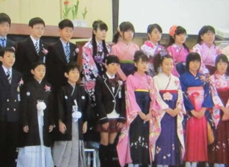 小学生の袴(卒業式)どう思いますか?