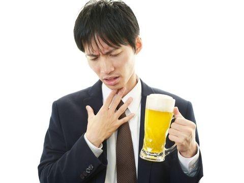 【医師監修】飲酒後に発作が!アルコール誘発喘息とは | ヘルスケア大学