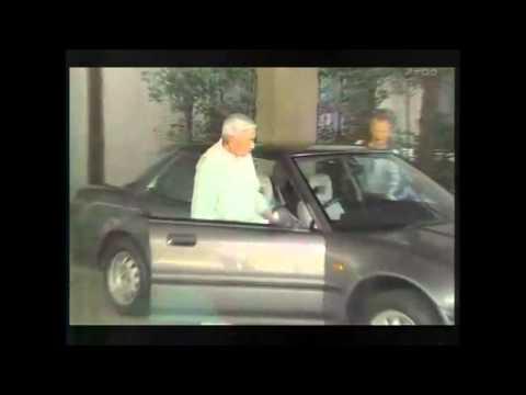 天皇陛下、インテグラに乗る。 - YouTube