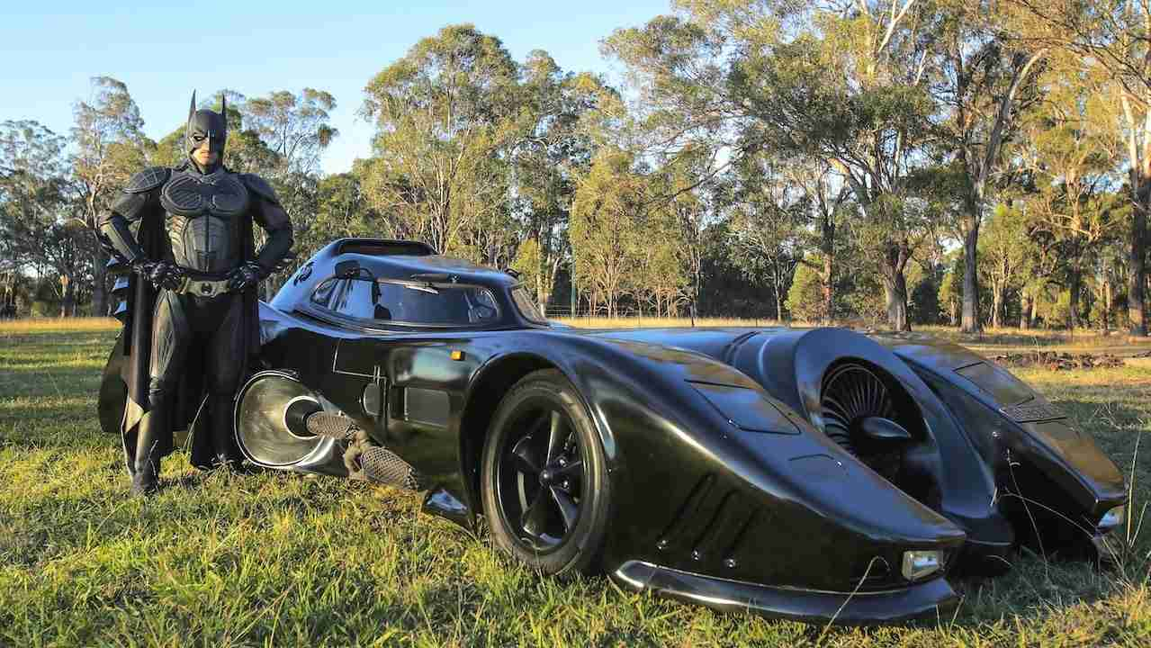 Real Life Batmobile: Man Spends Two Years Building Iconic 1989 Car - YouTube