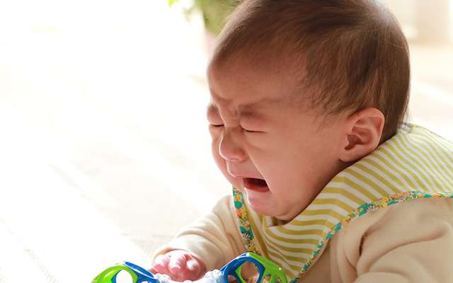 赤ちゃんを一瞬で泣きやませる方法 驚くほど簡単