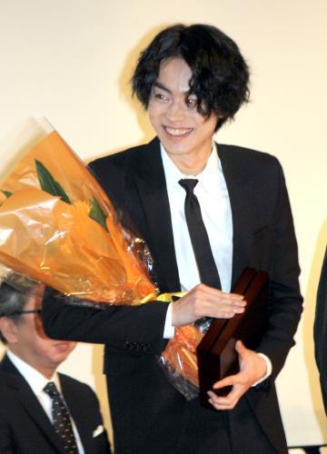 菅田将暉、本田翼との交際報道について言及?「俳優としてブレなければどうなっても面白い」 : スポーツ報知