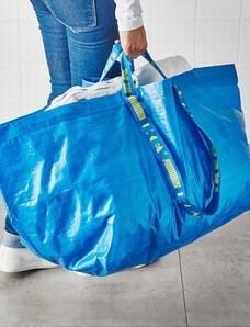 パクリ?IKEAのバッグがフランスのブランド バレンシアガの真似される。 | 気持ちの考察