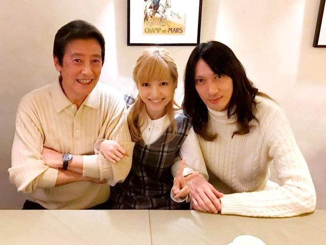 """神田沙也加 個人事務所設立で松田聖子から完全独立へ…""""最新""""の夫婦ツーショットも公開"""