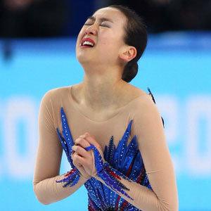 腰痛・左ヒザももう限界で…フィギュア元世界女王・浅田真央が年内にも引退へ