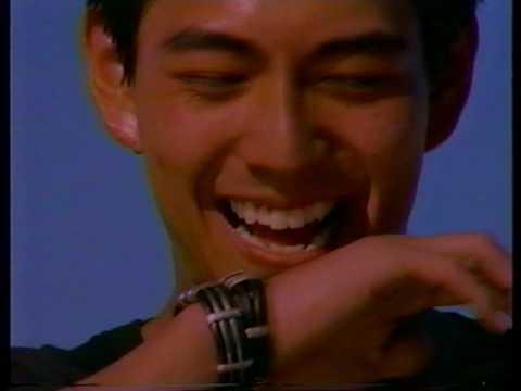 "Coca-Cola 見えない自動販売機 60"" 加勢大周 1990 - YouTube"