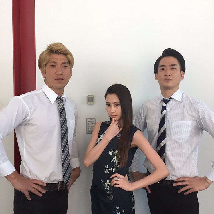 河北麻友子 with Bが「様になってる」「美男美女」と話題