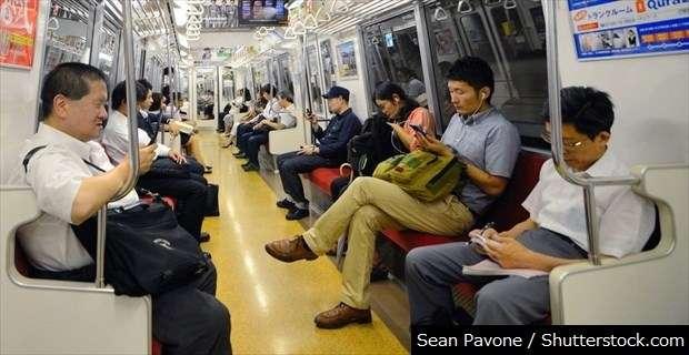 これはイラッとくる!「電車の席取り」をめぐるひとコマに共感の嵐 | BUZZmag