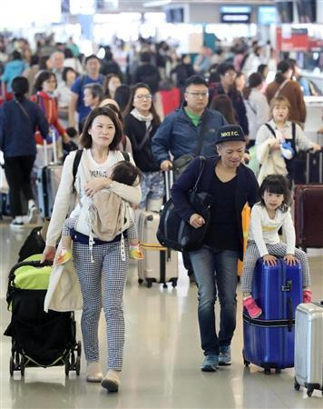 「韓国人気」衰えず…関空出国ラッシュ 半島情勢緊迫化の影響みられず (産経新聞) - Yahoo!ニュース