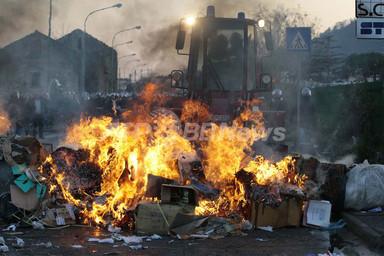 ナポリの未回収ごみ問題に見るマフィアのごみビジネスの現状 写真9枚 国際ニュース:AFPBB News
