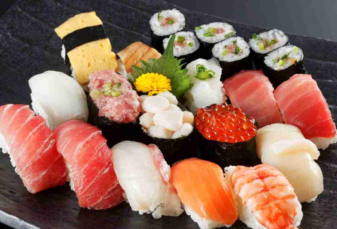 男女1万人が選んだ!「好きな和食」ランキング、4位はごはん、3位天ぷら。1位は…