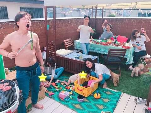 杉浦太陽が自宅敷地内でのBBQ花見の様子を公開