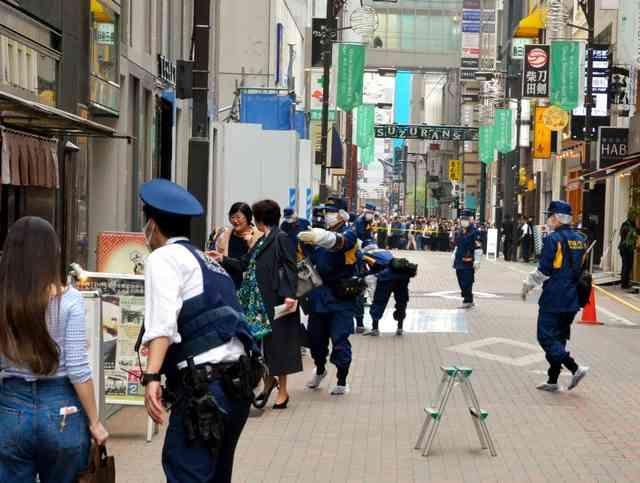 銀座5丁目で数千万円奪われる バイクで男が逃走 (朝日新聞デジタル) - Yahoo!ニュース
