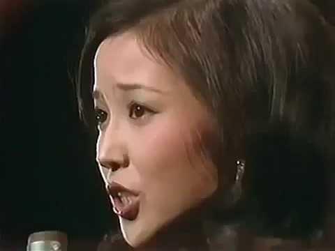 あべ静江 ♪コーヒーショップで♪ - YouTube