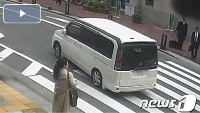 韓国「韓国人のイメージが‥」日本で3.8億円が入ったカバンを奪った容疑者は韓国人3人組‥福岡空港で身柄を拘束される 韓国反応 : 世界の憂鬱