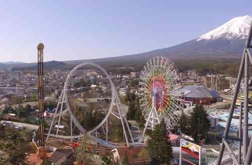 富士急ハイランドに加速度世界一コースター「ド・ドドンパ」誕生!スタートから1.8秒で時速180キロに到達 - BIGLOBEニュース